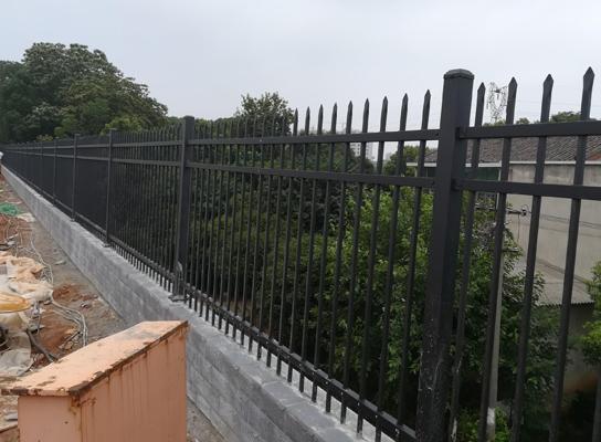 锌钢栏杆安装厂家