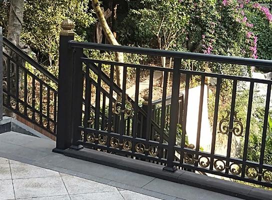 公园护栏施工安装